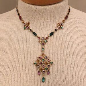 "Floral Marquise Acrylic Gem Necklace Goldtone ""V"""